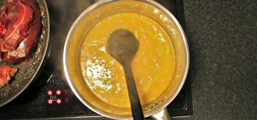 Appelsin og anis-saus