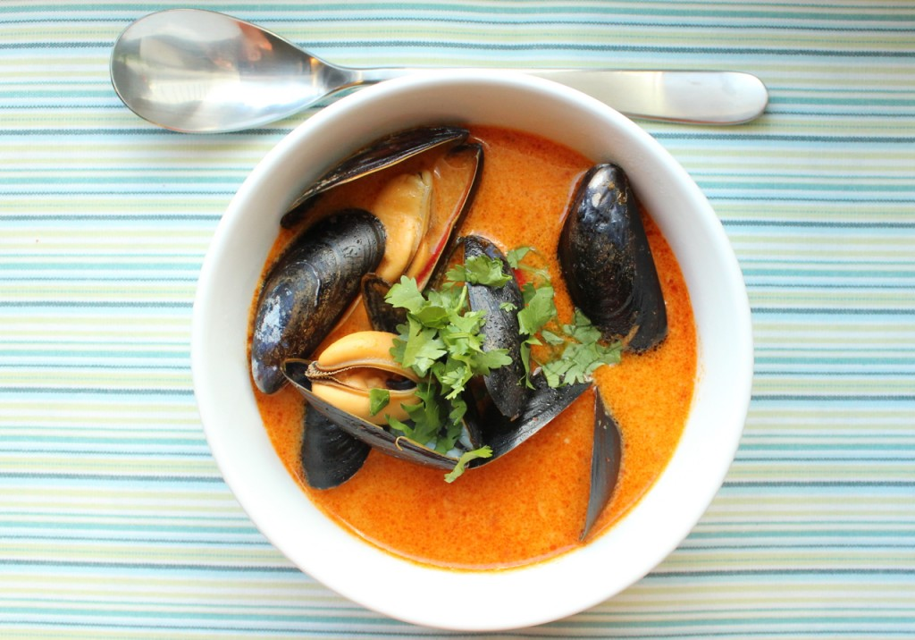 thai inspirert blåskjell suppe